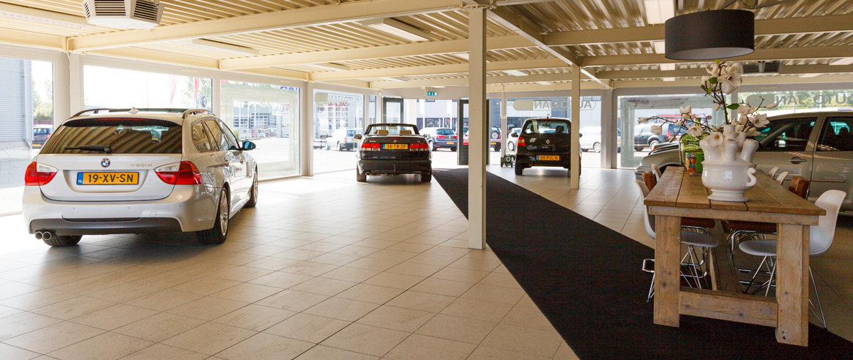 Auto van Jan showroom